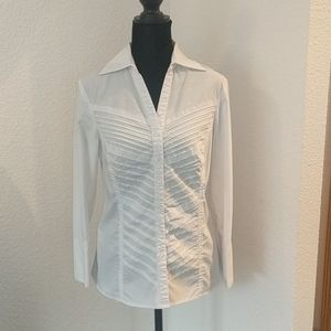 Textured button up blouse with collar
